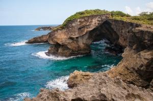 wpid-puerto-rico-beach-caves-13.jpg